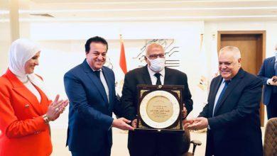 Photo of وزير التعليم العالى والبحث العلمى يرأس اجتماع معهد بحوث الإلكترونيات