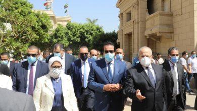 Photo of وزيرا التعليم العالي والصحة ورئيس جامعة القاهرة يتفقدون مراكز التطعيم للوقاية من فيروس كورونا بجامعة القاهرة