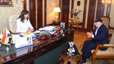 """Photo of وزيرة الهجرة تبحث مع رئيس اتحاد الكيانات المصرية في أوروبا إمكانية المشاركة في """"حياة كريمة"""""""