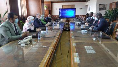 Photo of عبد العاطى يلتقي كارل جوستاف وزير المياه الناميبي ورئيس مجلس وزراء المياه الأفارقة