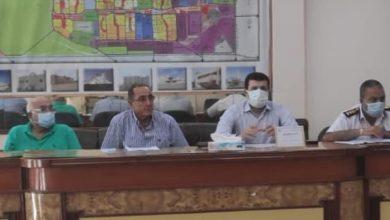 """Photo of رئيس جهاز """"برج العرب الجديدة"""" يلتقي سكان المدينة لبحث مقترحاتهم وشكاواهم"""