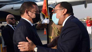 Photo of رئيس الوزراء يستقبل رئيس حكومة الوحدة الوطنية الليبية بمطار القاهرة
