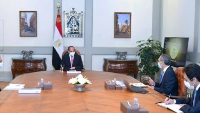 Photo of الرئيس يوجه بالاهتمام باكتشاف وصقل العناصر النابغة في إطار الدراسات التكنولوجية باعتبارهم إحدى القوى الداعمة لمصر في إطار خطتها للتحول الرقمي