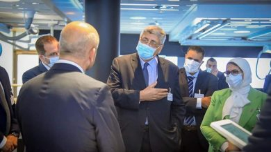"""Photo of وزيرة الصحة تتفقد المصنع الرئيسي لإنتاج الأجهزة الطبية وأجهزة الأشعة التشخيصية بمقر شركة """"سيمنز"""" العالمية"""