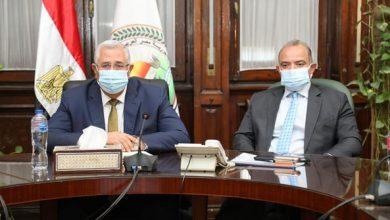 Photo of وزير الزراعة يبحث مع رئيس البورصة سبل تطوير آليات تداول عدد من السلع الاستراتيجية من خلال البورصة السلعية
