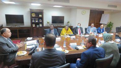 Photo of وزير المالية: فى لقائه مع أمين عام ديوان الضرائب السودانية